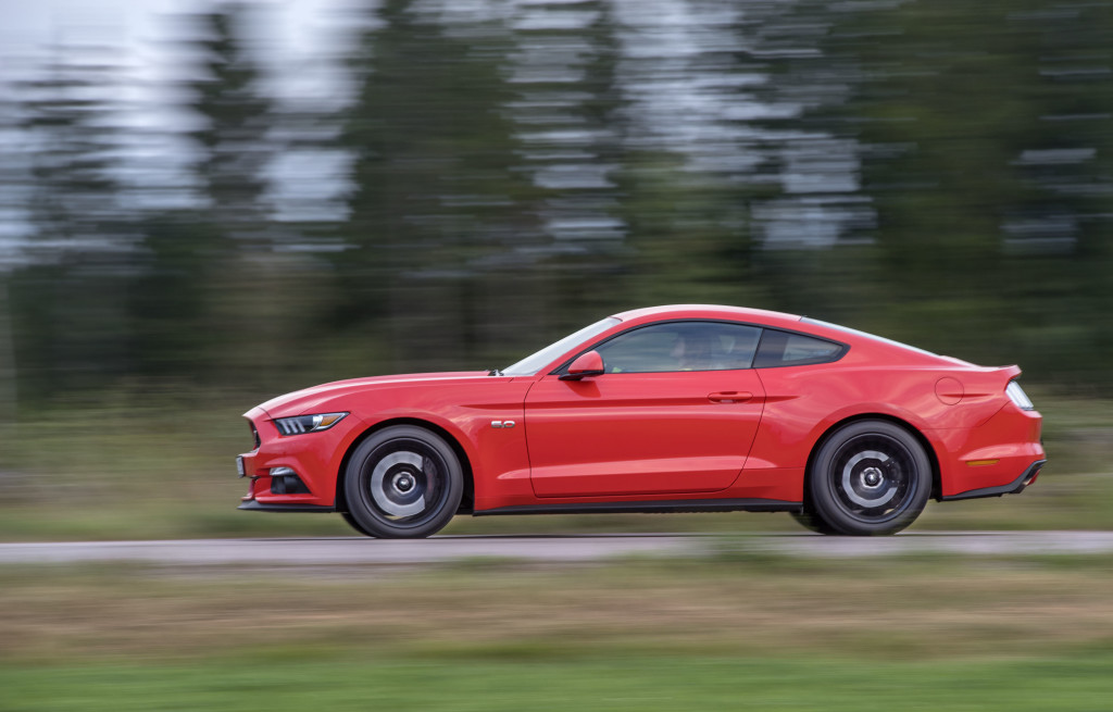 smSN Ford Mustang 9 160907